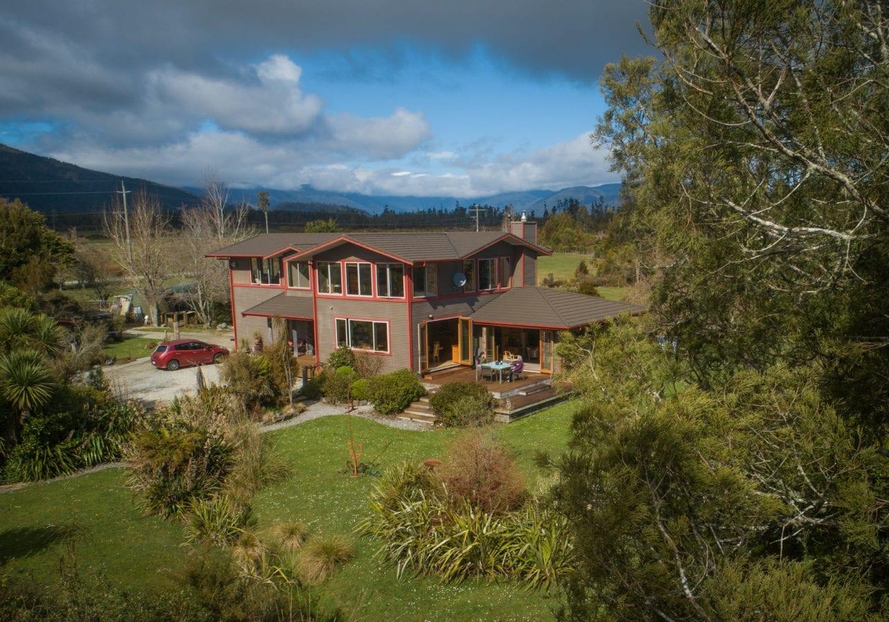 Paramata Lodge Luxury West Coast Accommodation in Ross